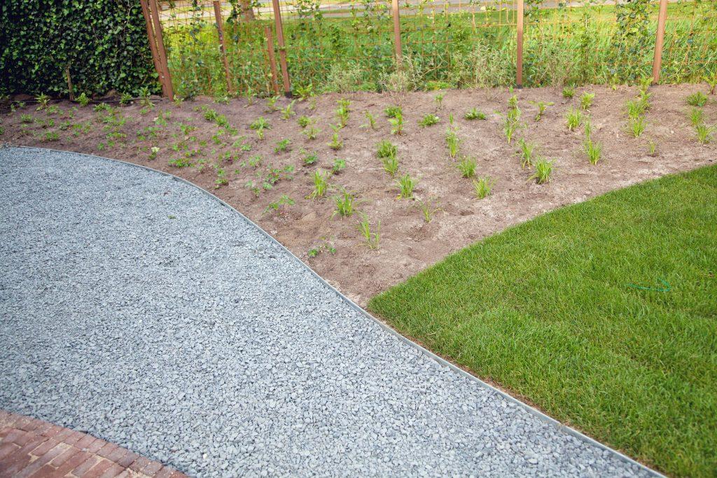 Beplanting, grind en gras